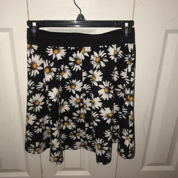 Dresses & Skirts - Dandelion skirt